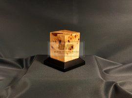 Knotty Poplar Figure base 4,5x4,5
