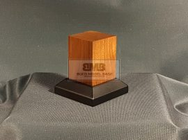 Walnut Figure base 4,5x4,5